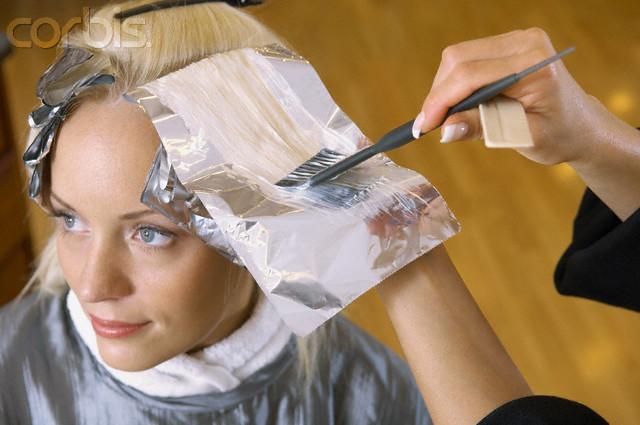 perigos alisantes de cabelo